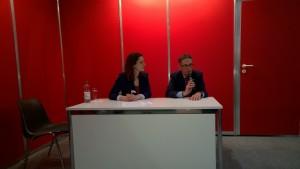 Herr Zille und die Diskussionsleiterin, Vera Lejsek, ebenfalls Bloggerin auf http://www.glasperlenspiel13.com/ (c) litteratur.ch